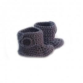 Set bonnet et chaussons au crochet